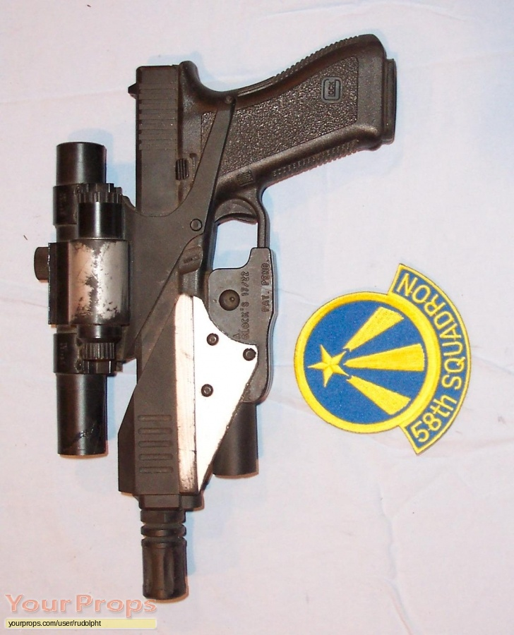 Space  Above and Beyond original movie prop weapon