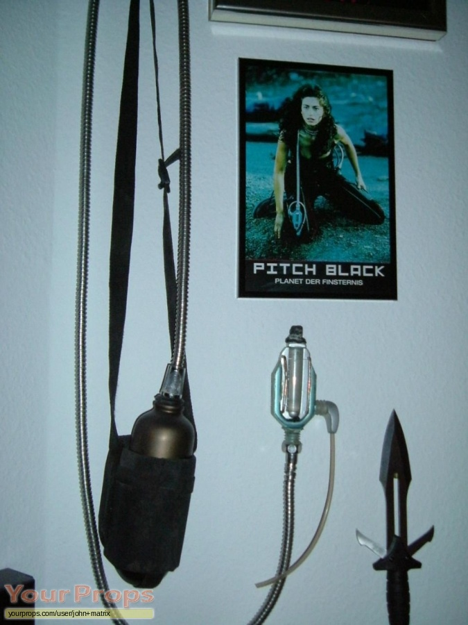 Pitch Black replica movie prop