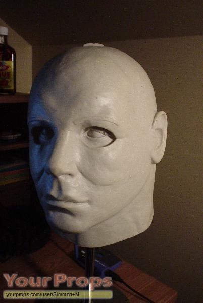 Halloween replica movie prop