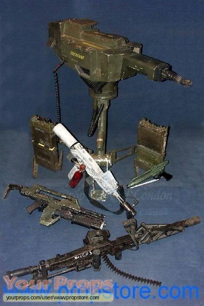 Aliens original movie prop weapon