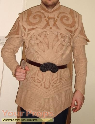 The Dark Crystal scaled scratch-built movie costume
