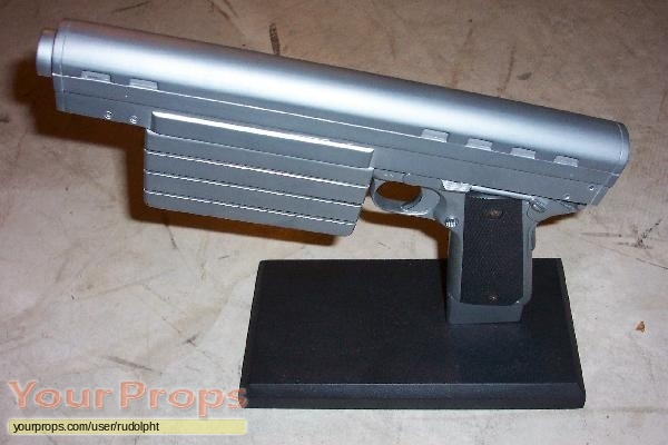 Runaway replica movie prop weapon