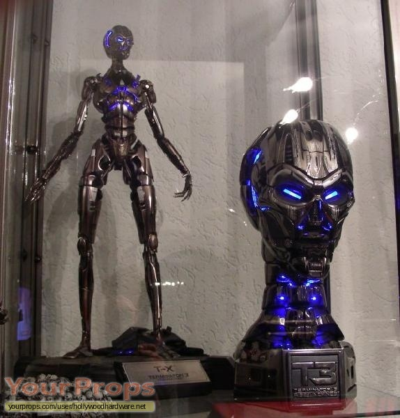 Terminator 3  Rise of the Machines Sideshow Collectibles movie prop