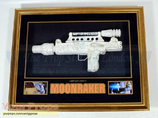 James Bond  Moonraker original movie prop weapon