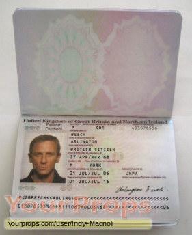 Royale Arlington Bond Replica Movie magnoli Beech Casino Bond's James Prop Passport