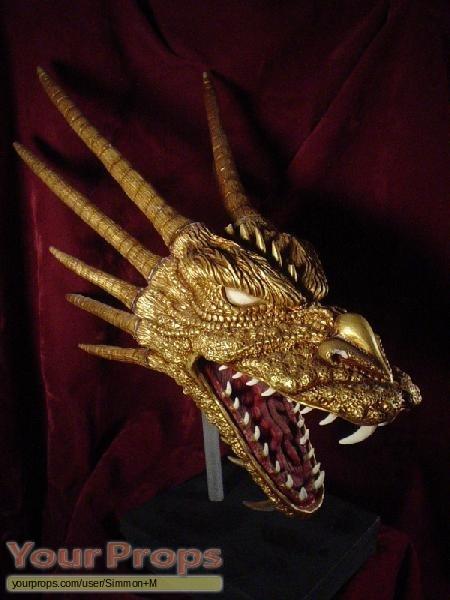 Godzilla vs  King Ghidorah replica model   miniature