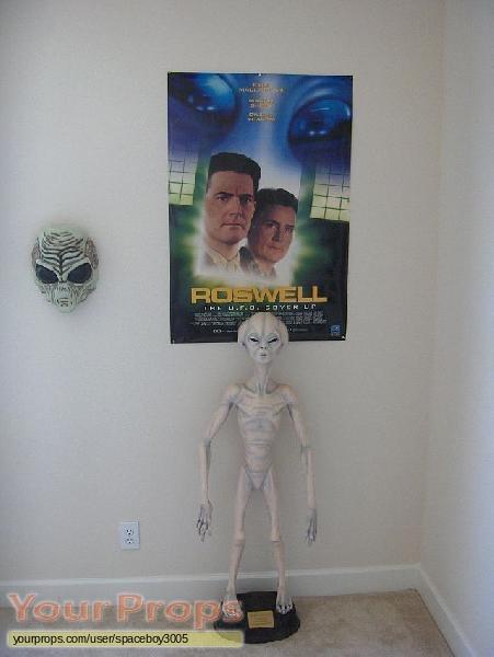 Roswell replica movie prop