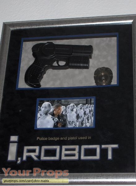 I  Robot original movie prop weapon