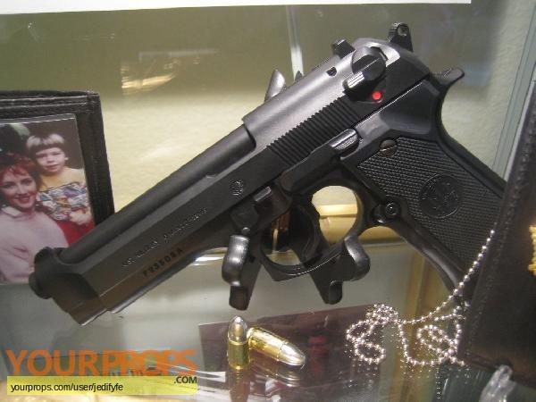 Die Hard replica movie prop weapon