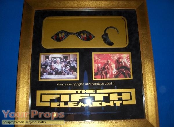 The Fifth Element (5th) original movie prop