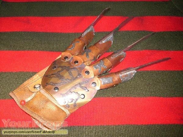 A Nightmare On Elm Street 6  Freddys Dead replica movie prop