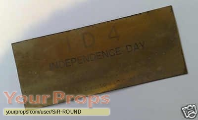Independence Day replica movie prop