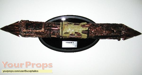 Predator 2 Master Replicas movie prop weapon