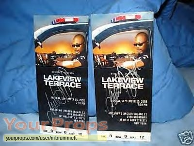 Lakeview terrace lakeview terrace nyc premiere tickets for Movie schedule terraces