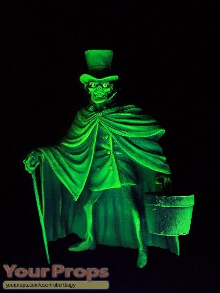 The Haunted Mansion The Hatbox Ghost Kit Scaled Scratch Built