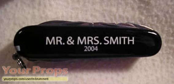 Mr    Mrs  Smith original movie prop weapon
