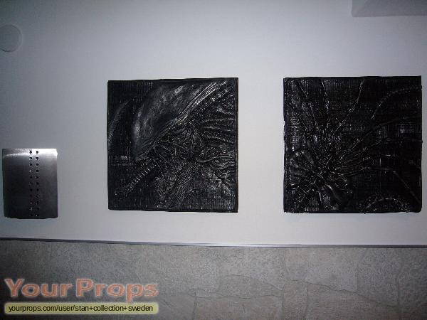 Alien replica production material
