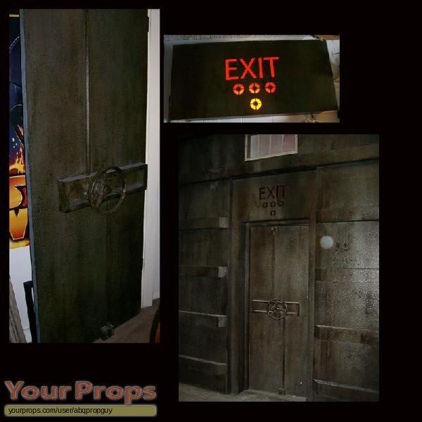 Fanboys original movie prop ... & Fanboys Trash Compactor Door \u0026 Exit Sign original movie prop