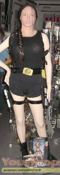 Tomb Raider Cradle Of Life Lifesize Angelina Jolie Lara Croft