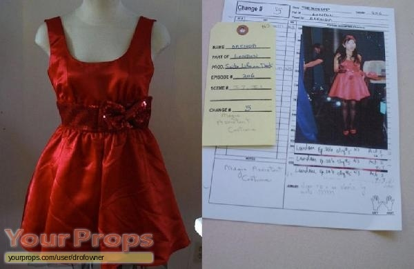 The Suite Life on Deck original movie costume