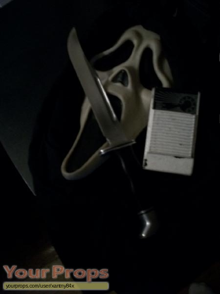 Scream replica movie prop weapon