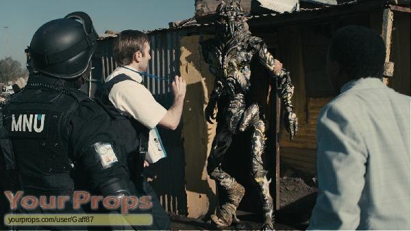 District 9 replica movie prop