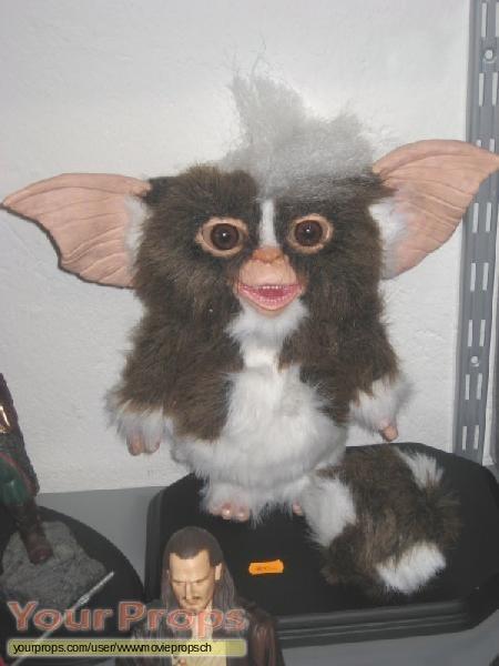 Gremlins 2  The New Batch replica movie prop