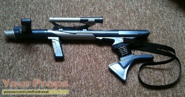 De-evolution-Devo-Gun-replica.jpg