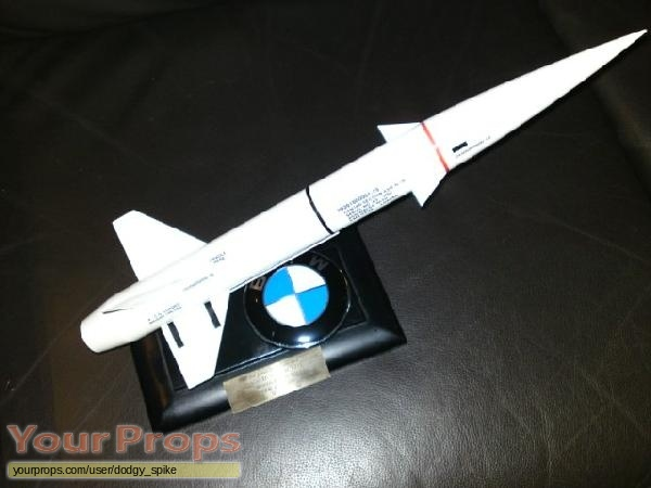 James Bond  The World Is Not Enough replica movie prop weapon