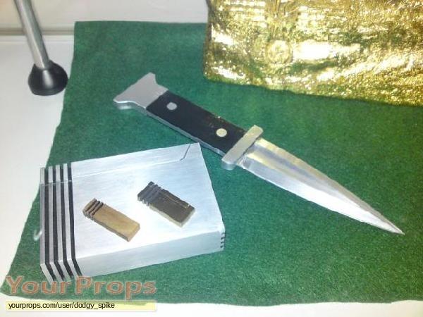 James Bond  Goldfinger replica movie prop weapon