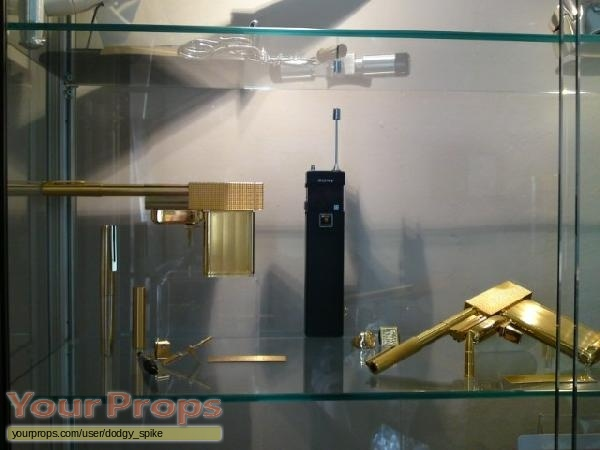 James Bond  The Man With The Golden Gun replica movie prop weapon