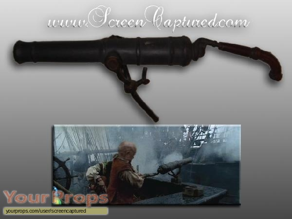 Pirates of the Caribbean  The Curse of The Black Pearl original movie prop weapon