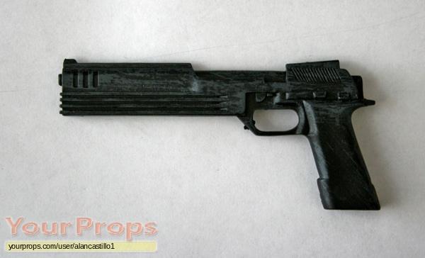 Robocop-Auto-9-Pistol.jpg