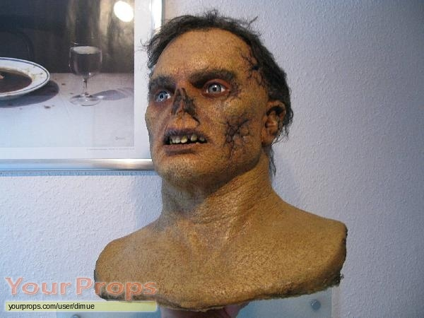 The Texas Chainsaw Massacre replica production material
