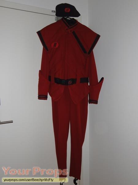 V replica movie costume