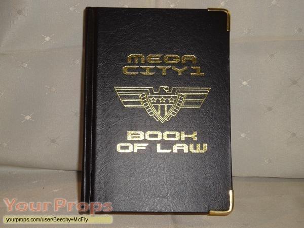 Judge Dredd replica movie prop