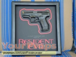 Resident Evil original movie prop weapon