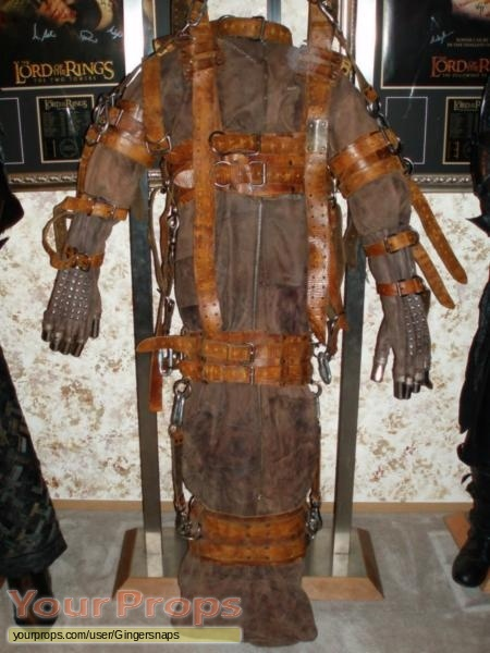 Skinwalkers original movie costume