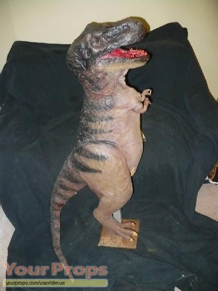 Carnosaur original model   miniature