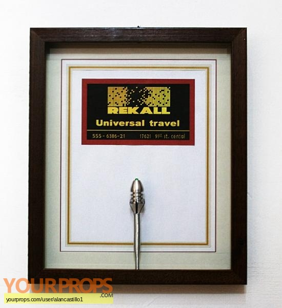 Total Recall replica movie prop