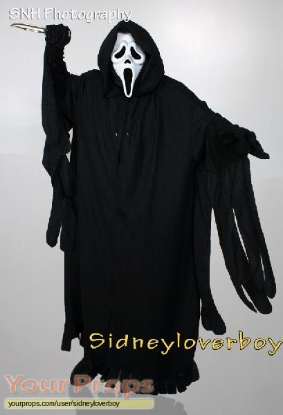Scream 2 original movie costume