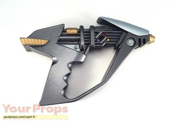 Star Trek  Deep Space Nine replica movie prop weapon