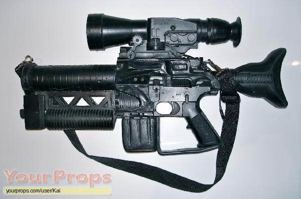 Escape from L A  original movie prop weapon