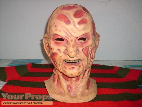 A Nightmare On Elm Street 5  The Dream Child replica movie prop