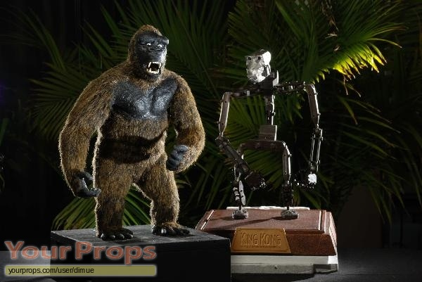 King Kong replica model   miniature
