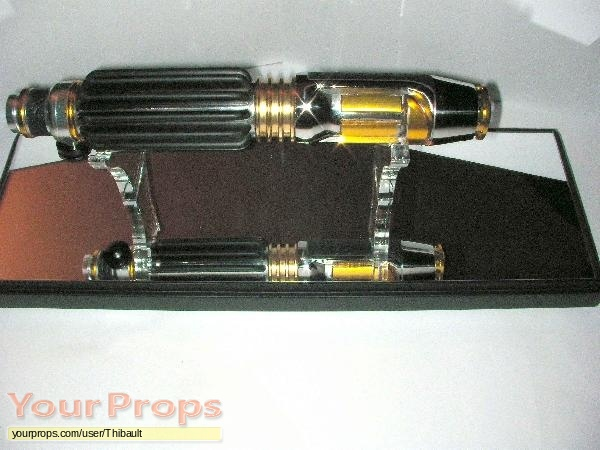Star Wars  Attack Of The Clones replica movie prop weapon