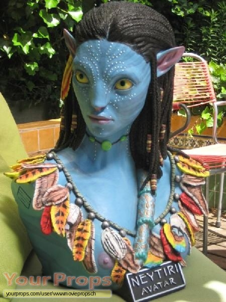 Avatar replica movie prop