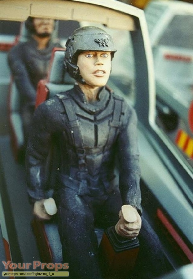 Starship Troopers replica model   miniature
