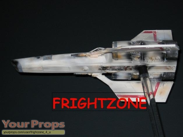 Battlestar Galactica replica model   miniature
