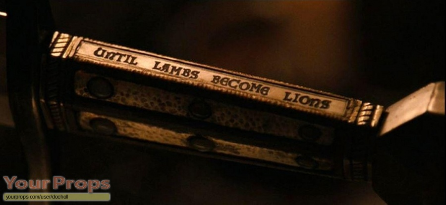 Robin Hood replica movie prop weapon